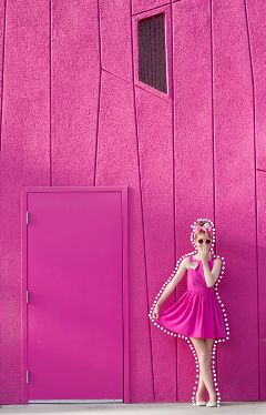 pink wall dottedoutline freetoedit
