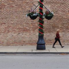 redandblack colormatch streetstyle urbanexploration photosfromthestreet
